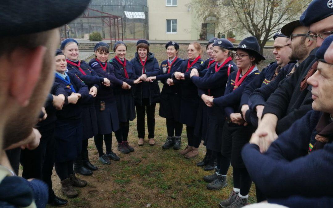 Premier camp-école des chefs de groupe en Biélorussie !